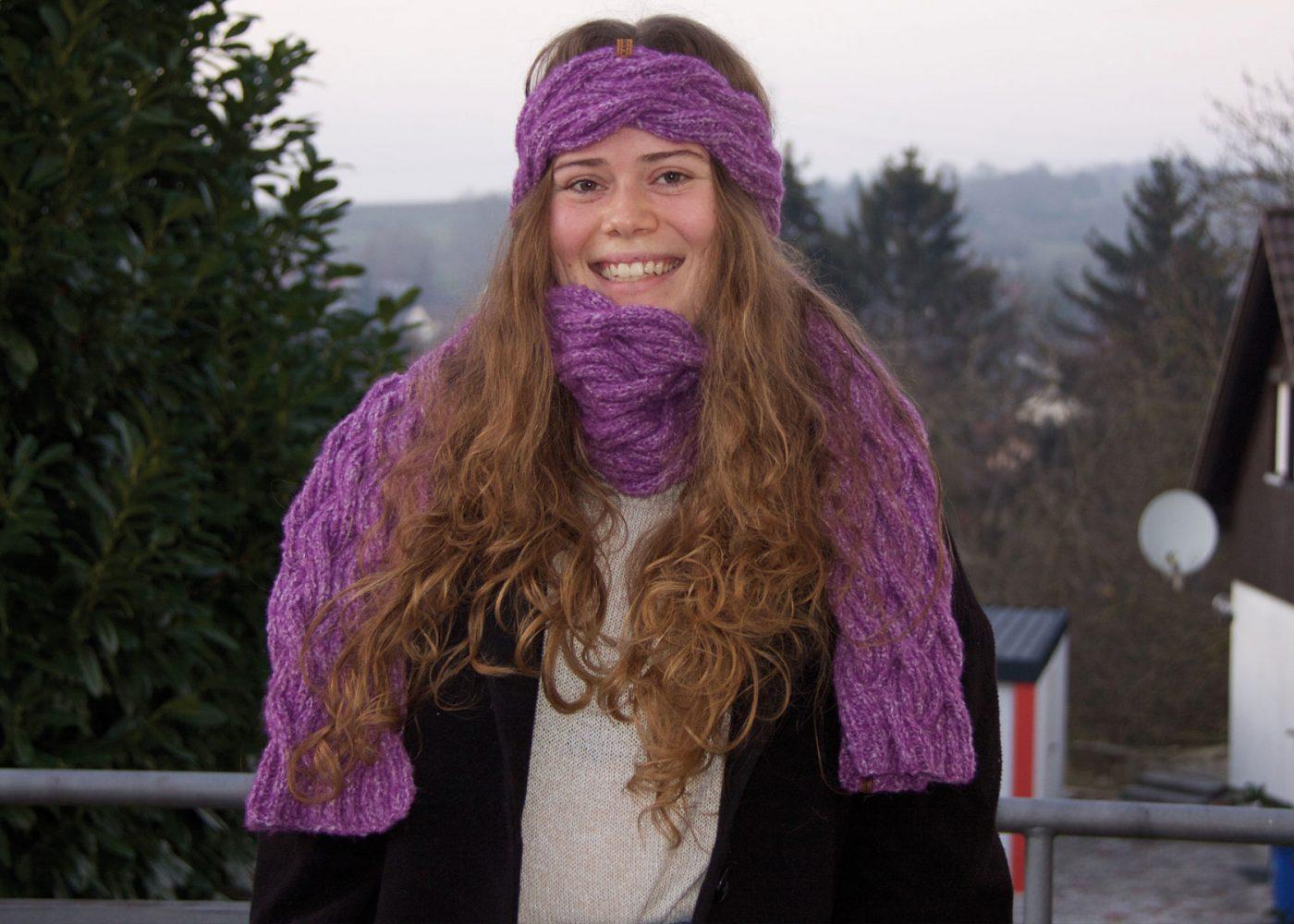 Warme Mützen und / oder Loops und Schals